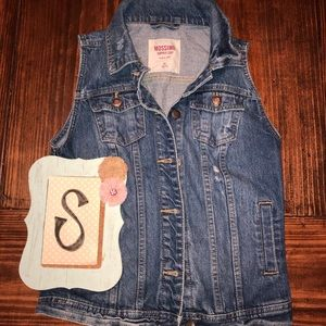 Mossimo denim jean vest with some distressing